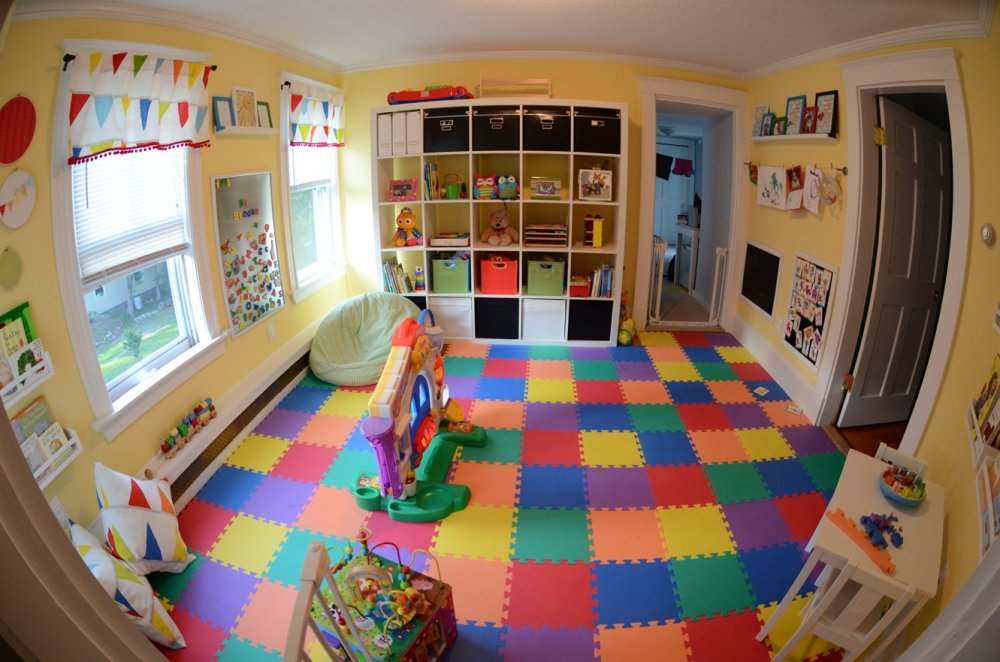 Kerrys-Papercrafts-jigsaw-flooring-childs-room.jpeg