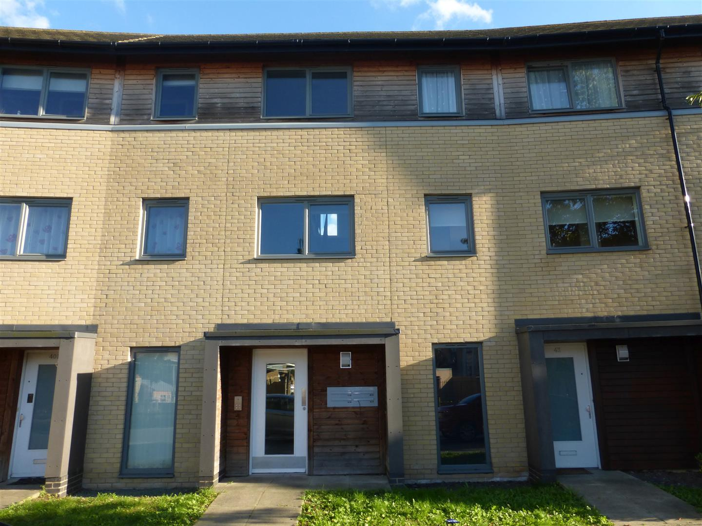 1 Bedroom Property For Sale In West Lake Avenue Hampton Vale Peterborough PE7